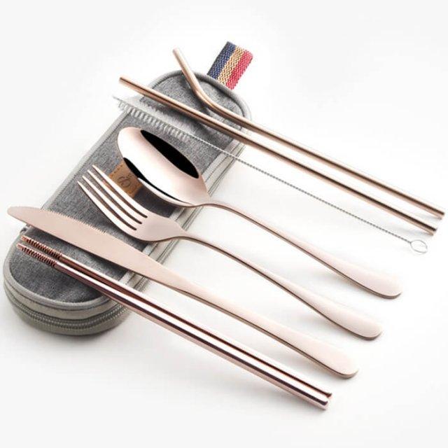 Travel utensil set